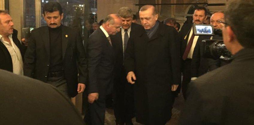 Cumhurbaşkanı Recep Tayyip Erdoğan Nasrullah Kadı Camii'ni Ziyaret Etti